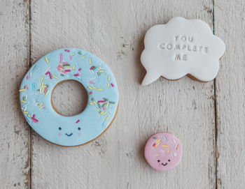 normal_valentines-you-complete-me-doughnut-biscuits